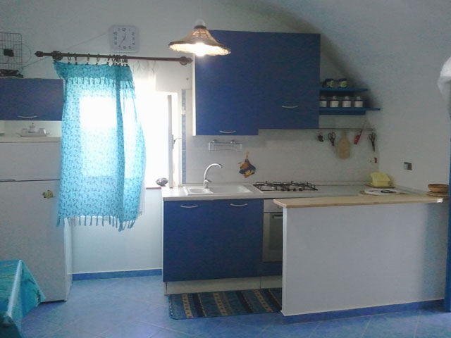 Casa vacanza papisca lipari isole eolie case vacanze - Cucina al mare ...