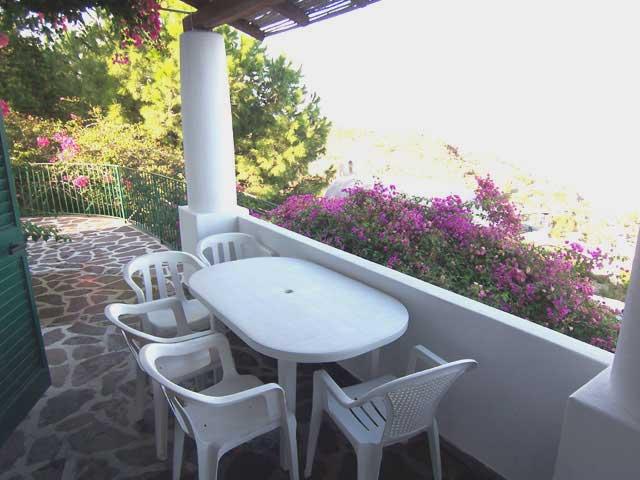 Casa vacanza villa gelsomino lipari isole eolie. case per vacanze